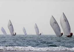 """""""براق 33 """" يتوج بطلا لسباق دبي للقوارب الشراعية 43 قدما"""