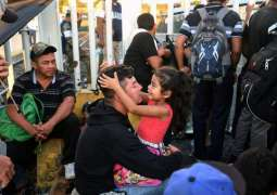Some 2,300 Children in US-Bound Migrant Caravan in Mexico Need Healthcare - UN
