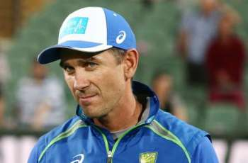 Langer urges Australia to think with their feet