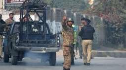 مقتل شرطي باكستاني في هجوم مسلح بمدينة كراتشي