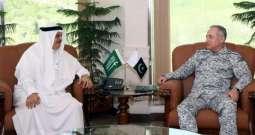 رئيس أركان القوات البحرية الباكستانية يلتقي سفير خادم الحرمين الشريفين لدى باكستان