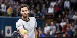 Gulbis stuns Isner to reach first final in four years