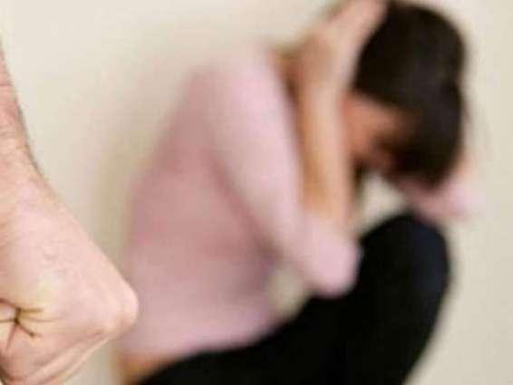 زنانیاں نوں اکھ مارنا وی ہن جرم ہوئے گا سندھ دے نجی و سرکاری اداریاں وچ زنانیاں نوں چھیڑن، ہراساں کرن یاں فیر جنسی تشدد کرن والے مرداں نوں نوکریاں کڈھ دتا جائے گا