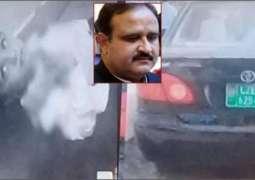 وزیر اعلا پنجاب سردار عثمان بزدار دی گڈی نے بال نوں ٹکر مار دتی