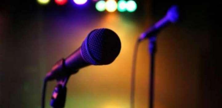 گلوکار ملک آصف نے گانے چھڈ کے نعتاں پڑھنیاں شروع کر دتیاں