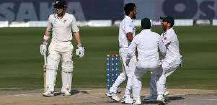 پاکستان اتے نیوزی لینڈ دیاںکرکٹ ٹیماں وچال تریجھا اتے چھیکڑی ٹیسٹ میچ 3 دسمبر توں شروع تھیسی ..