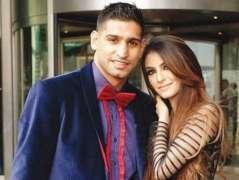 برطانوی باکسر عامر خان اپنی بیوی نال اگلے ہفتے عمرہ کرن جان گے