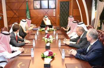 الأمير سعود بن نايف يستقبل رئيس مدينة الملك عبدالله للطاقة الذرية والمتجددة