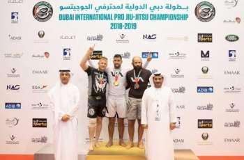 <span>انطلاق منافسات بطولة دبي الدولية لمحترفي الجوجيتسو</span>