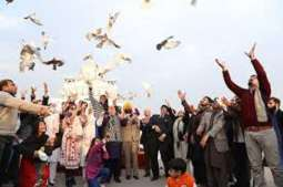 YFK sets free 200 doves on Human Rights day