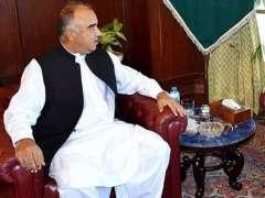 Corps Commander calls on KP Governor Shah Farman