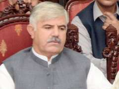 Khyber Pakhtunkhwa Chief Minister warns Sugar mills owners against delay in starting sugarcane crushing