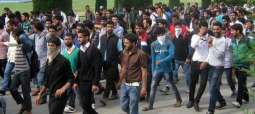 Kashmir University students launch signature drive against HR abuses in IHK