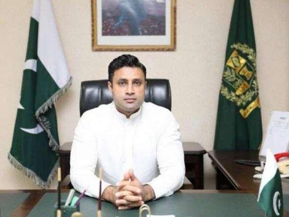 سوشل ميڊيا جي غلط استعمال کي روڪڻ لاءِ نظام جي ضرورت آهي: وزيراعظم عمران خان