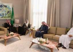 أمير الجوف يناقش مشروعات الطرق والنقل والرحلات الجوية مع وزير النقل