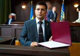 Ukrainian Comedian Zelenskiy Submits Documents to Register As Presidential Candidate