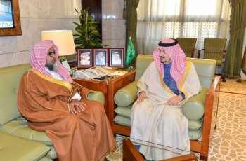 الأمير فيصل بن بندر يستقبل رئيس المحكمة الجزائية بالرياض