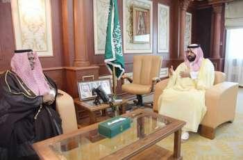 نائب أمير جازان يستقبل مدير عام البريد السعودي بالمنطقة