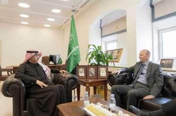 مساعد وزير الدولة لشؤون الدول العربية الإفريقية يستقبل السفير السويدي لدى المملكة