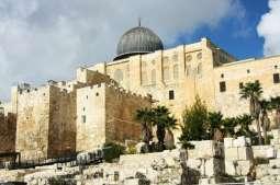 الأردن يدين نصب الاحتلال الإسرائيلي أعمدة وهياكل معدنية قرب الأقصى