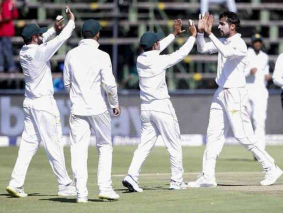 Pakistan bowlers fight back to defy South Africa