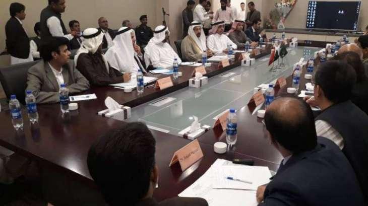 الفالح يبحث مع وزيري البترول والموانئ الباكستانيين سبل التعاون بين المملكة وباكستان في مجالات الطاقة والصناعة والتعدين  وتقوية العلاقة الاقتصادية بين البلدين