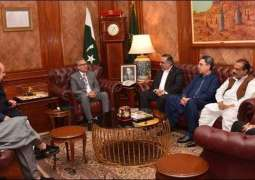 Dr Arif Alvi assures MQM-P of removing reservations over National Assembly committees
