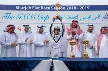 عبدالله بن سالم القاسمي يشهد منافسات بطولة كأس مجلس التعاون للخيول