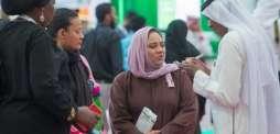 وفد من فناني العالم يزور معرض الرياض للكتاب
