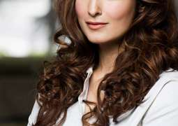 Indian news anchors have chimpanzee brains: Twinkle Khanna