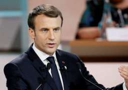 Macron Back With Calls for EU 'Renaissance' Ahead of May Vote