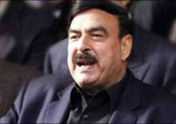 Sheikh Rasheed says government has no option but to seek loan from IMF