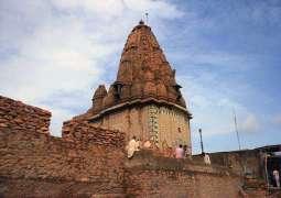 PM Imran directs restoring historic Hindu temples