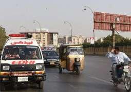 2 die, 6 injured in road mishap in Chichawatni
