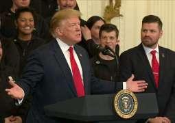 Mueller report: Democrats keep pressure on Trump over Russia