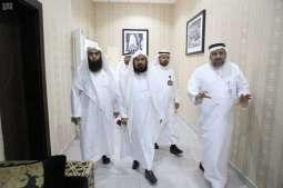 الشيخ السديس يزور مركز بحوث ودراسات المدينة المنورة