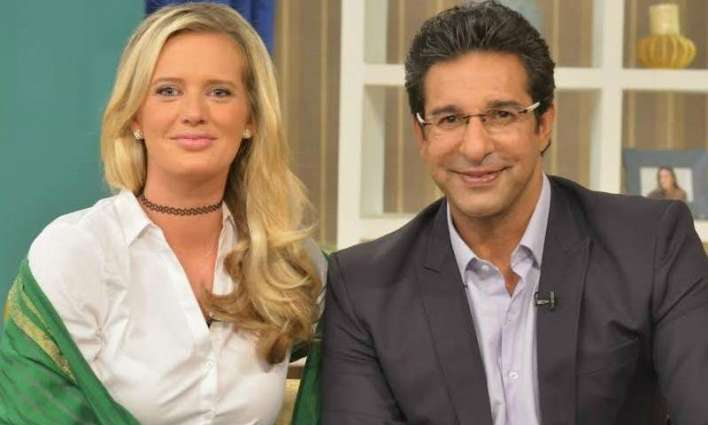 Shaniera Akram schools dermatologist criticising Wasim for 'manipulating' his face