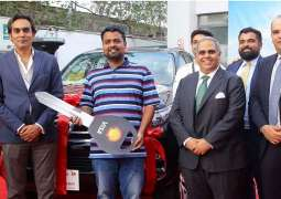 Shell and Visa present Toyota Fortuner and Honda Civic to the lucky prize winners