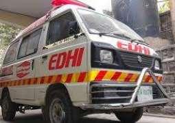 Man killed in road mishap in Karachi