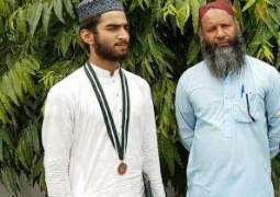 Meet Wahab – Milkman's son and Madrassah student who secured third position in Matric