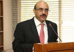 Rehabilitation of Neelum flood victims top priority: Masood