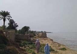 River Indus erosion wreaking havoc