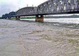 Flood Forecasting Division issues high flood alert in river Chenab, Jehlum