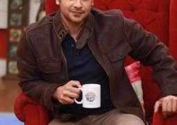 Faysal Qureshi disassociates himself from Firdous Jamal's opinion about Mahira Khan