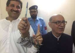 Journalist Irfan Siddiqui's bail approved