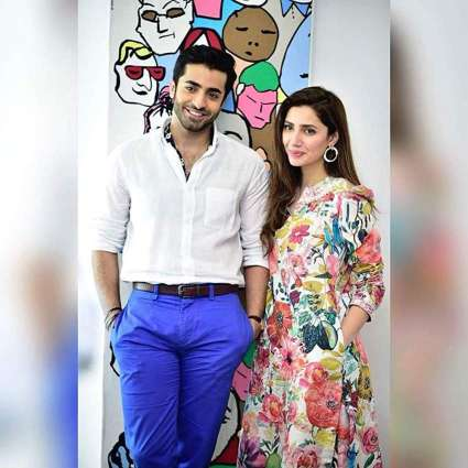 Sheheryar Munawar extends support for Superstar Mahira Khan