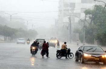 Fresh monsoon spell hits Karachi