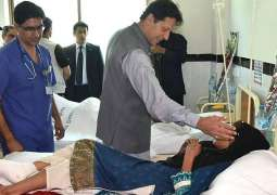 PM Imran arrives in earthquake-hit Mirpur, meets victims at District Hospital