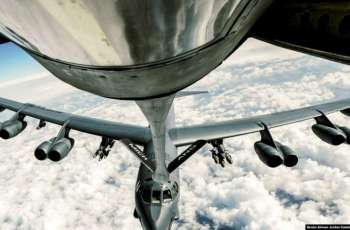 US Air Force B-2, B-52 Bombers Train Across European Airspace - EUCOM