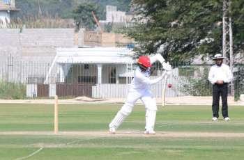 Asif, Nawaz thwart Khyber Pakhtunkhwa's victory bid